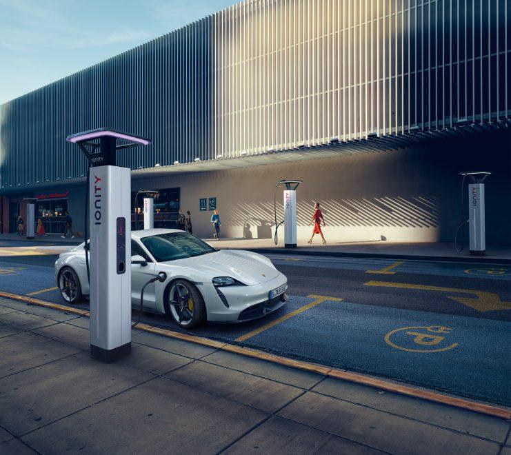 This is how Porsche is turning half of its fleet green