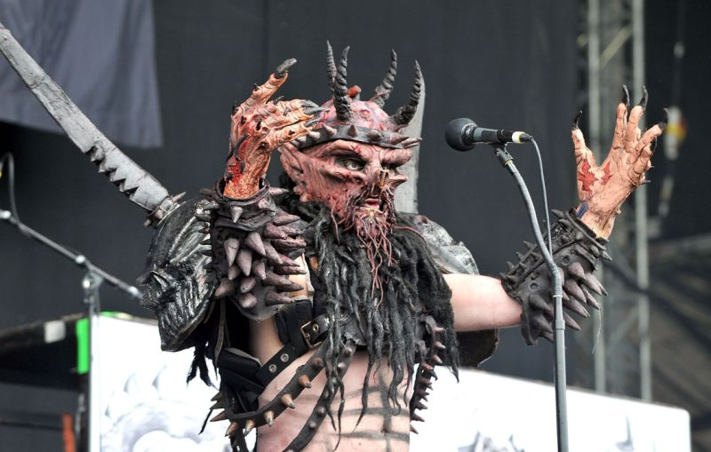 Petition calls for statue of Gwar's oderus urungus to replace robert e. Lee