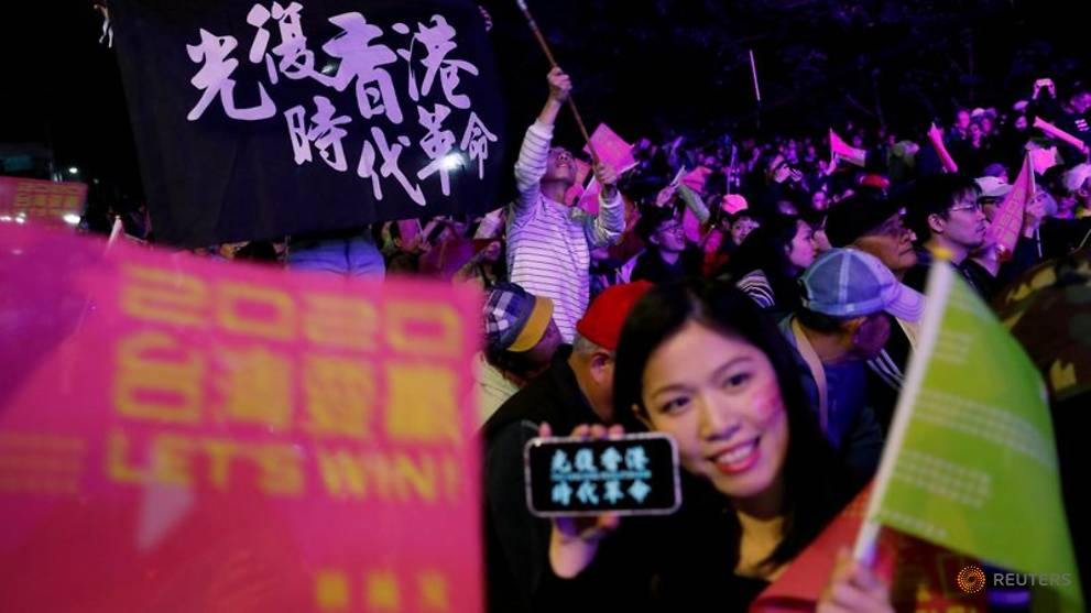 Taiwan scrambles to ready for influx from Hong Kong protests