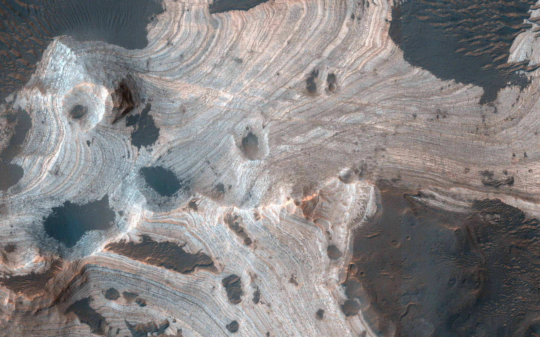 The swirling rocks of Mars are mesmerizing – BGR