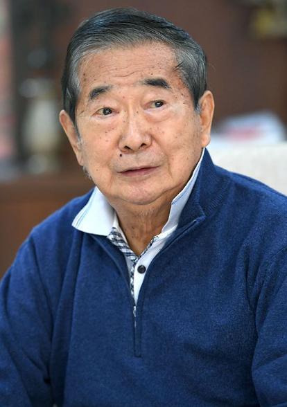 日媒:前东京都知事石原慎太郎自曝患胰腺癌,正接受治疗
