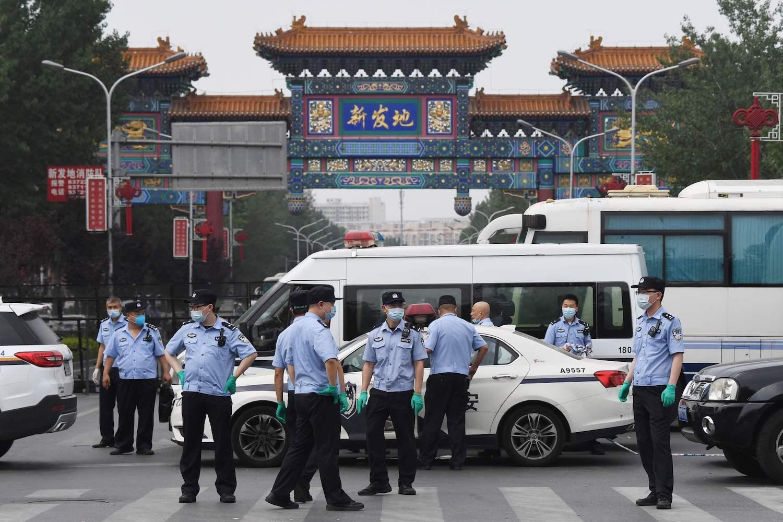 New lockdowns in Beijing