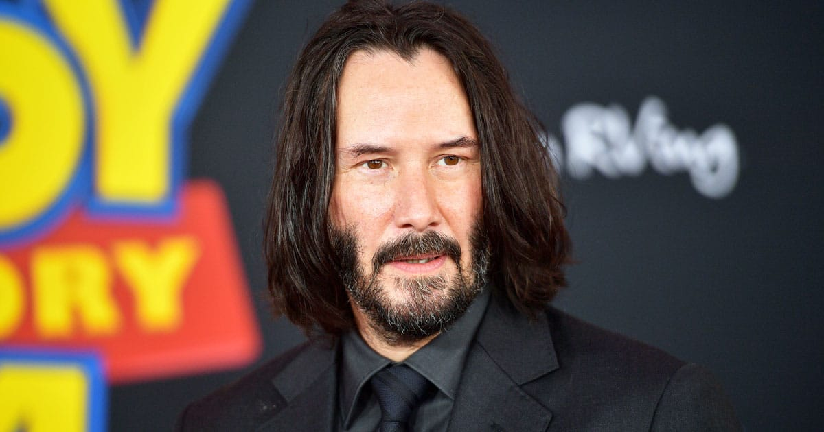 Keanu Reeves Auctions Off A Date With Himself For Kids' Cancer Charity