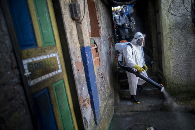 巴西新增确诊病例逾2万例 累计超88.8万例