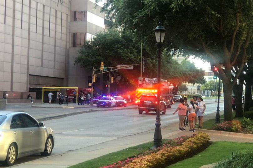 Lockdown as police hunt suspect in Dallas mall - at least one person injured in shooting