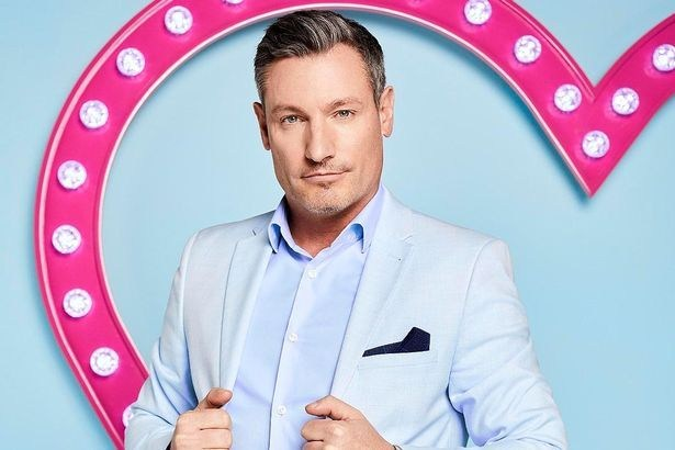 EastEnders star Dean Gaffney 'breaks lockdown rules to attend big party with strippers'