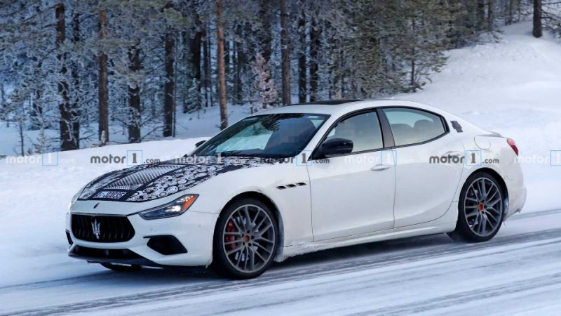 Maserati Ghibli Hybrid new teaser announces July 15 reveal