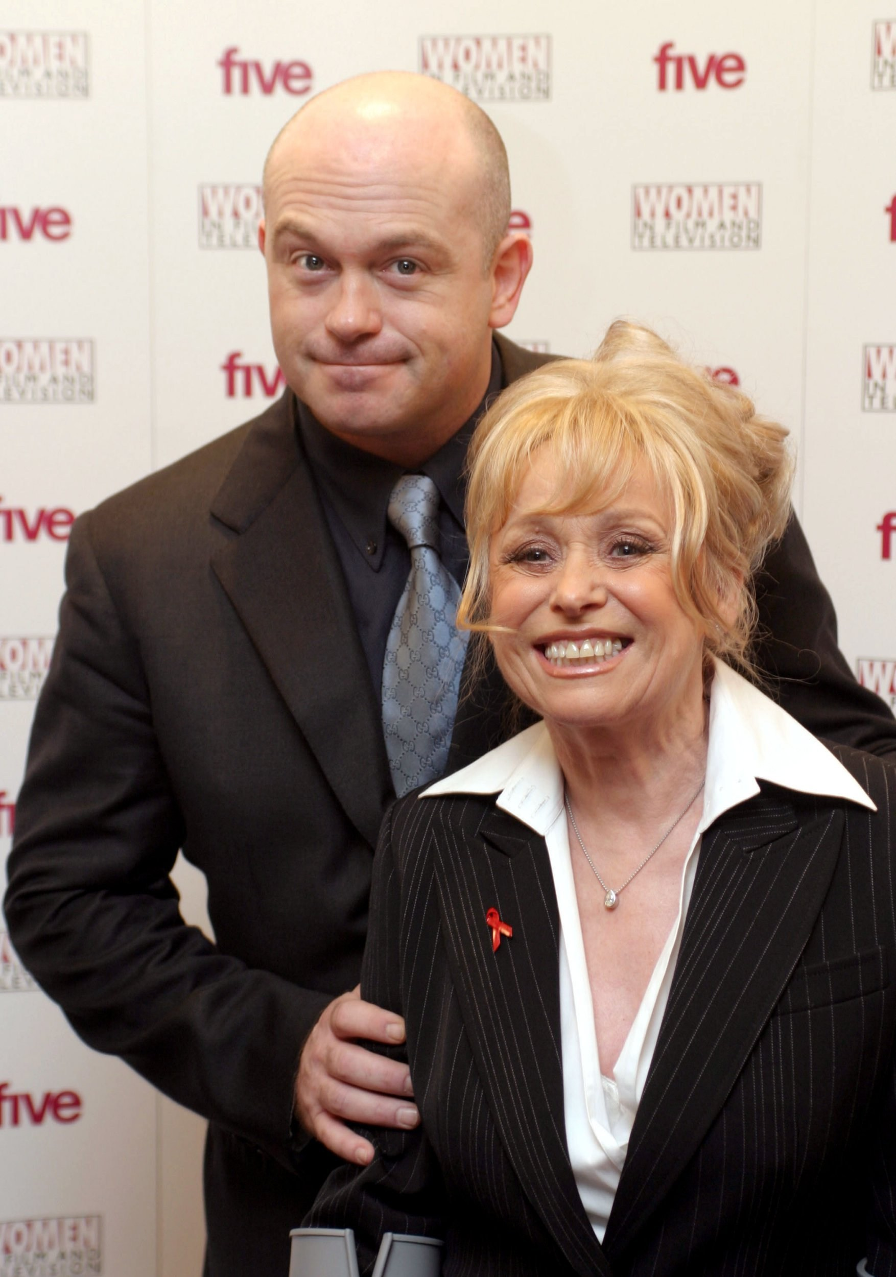 Scott Mitchell 'can't imagine losing' Barbara Windsor as he speaks to Ross Kemp in video