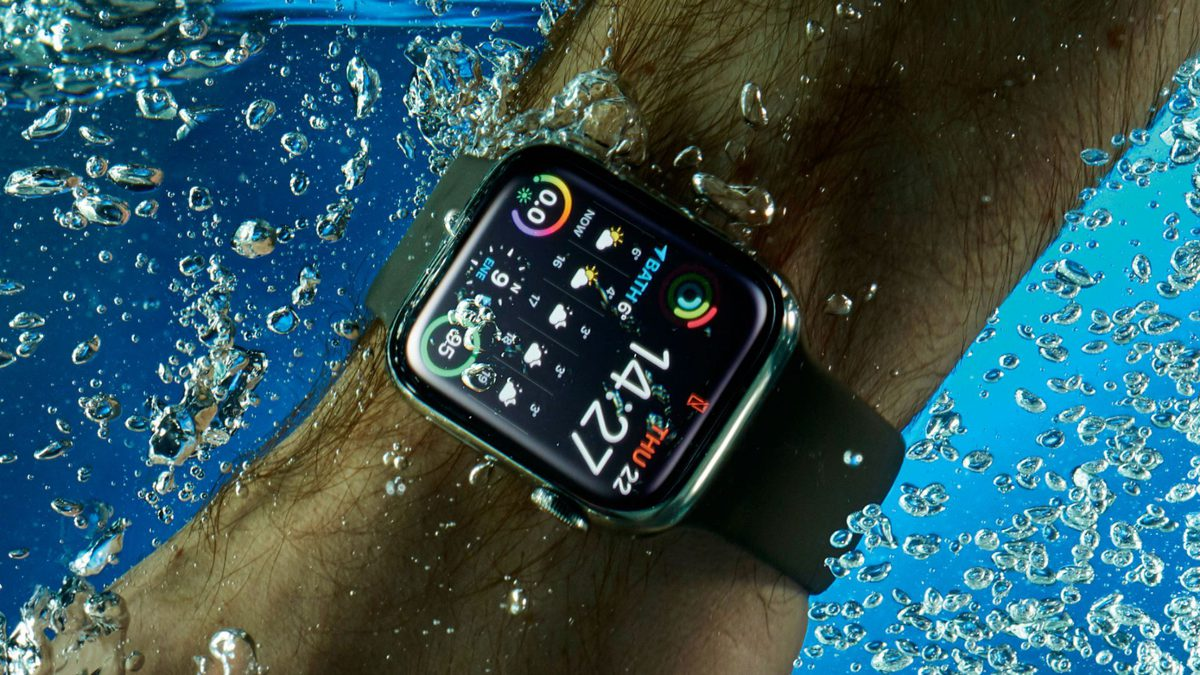 This is how the Apple Watch removes water from itself in slow motion