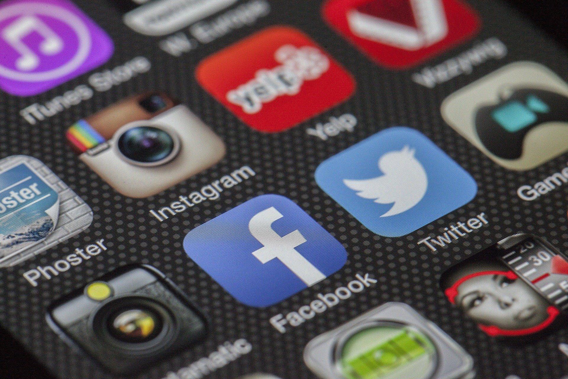 Cyberbullying 'shield' app uses AI to combat social media trolls