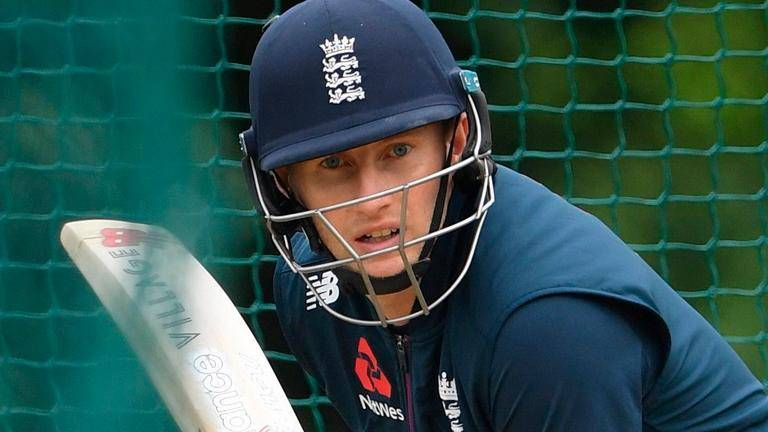 Root the rock as England frustrate Sri Lanka in second test