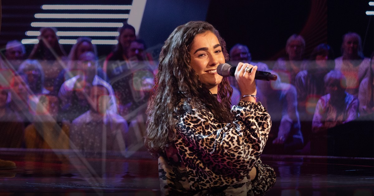 The Voice star Brooke Scullion thinks live studio audience will be 'axed and replaced with automated applause'