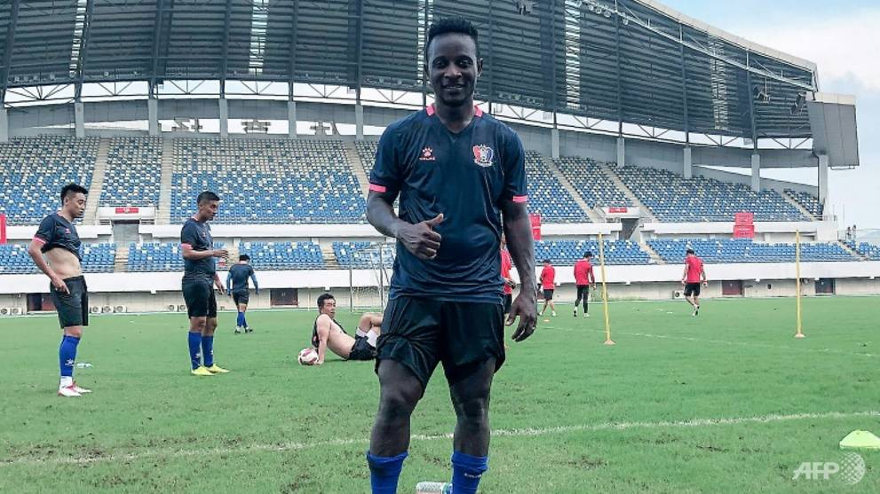 From Ivorian student to footballer in China - with help from COVID-19