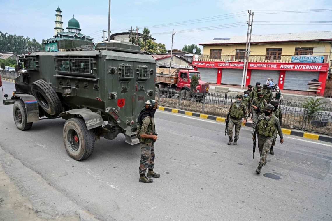 2 policemen killed, 1 wounded in Indian-controlled Kashmir militant attack