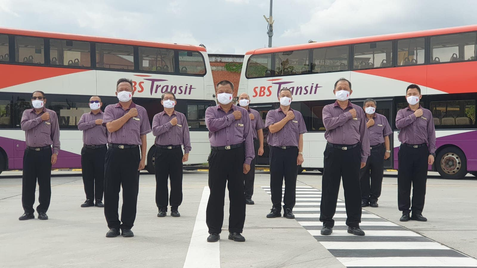 Netizens call for jail time and fine for passenger who threatened bus captain