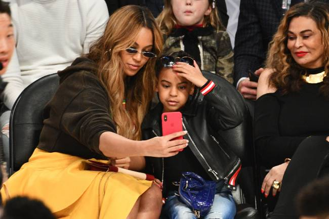 Beyoncé's twins Sir and Rumi melt hearts in rare video with famous mum