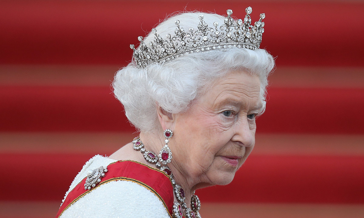 The Queen to face poignant weekend as she breaks with royal tradition
