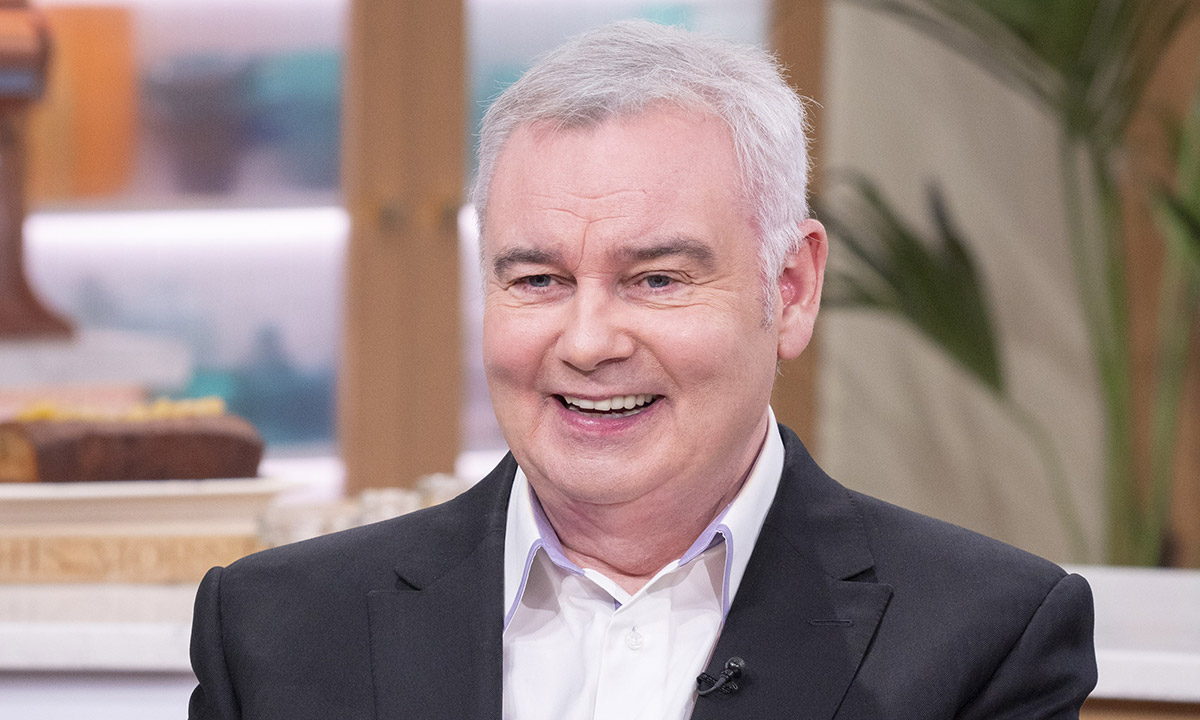 This Morning's Eamonn Holmes divides fans with unusual 'de-stressing' technique