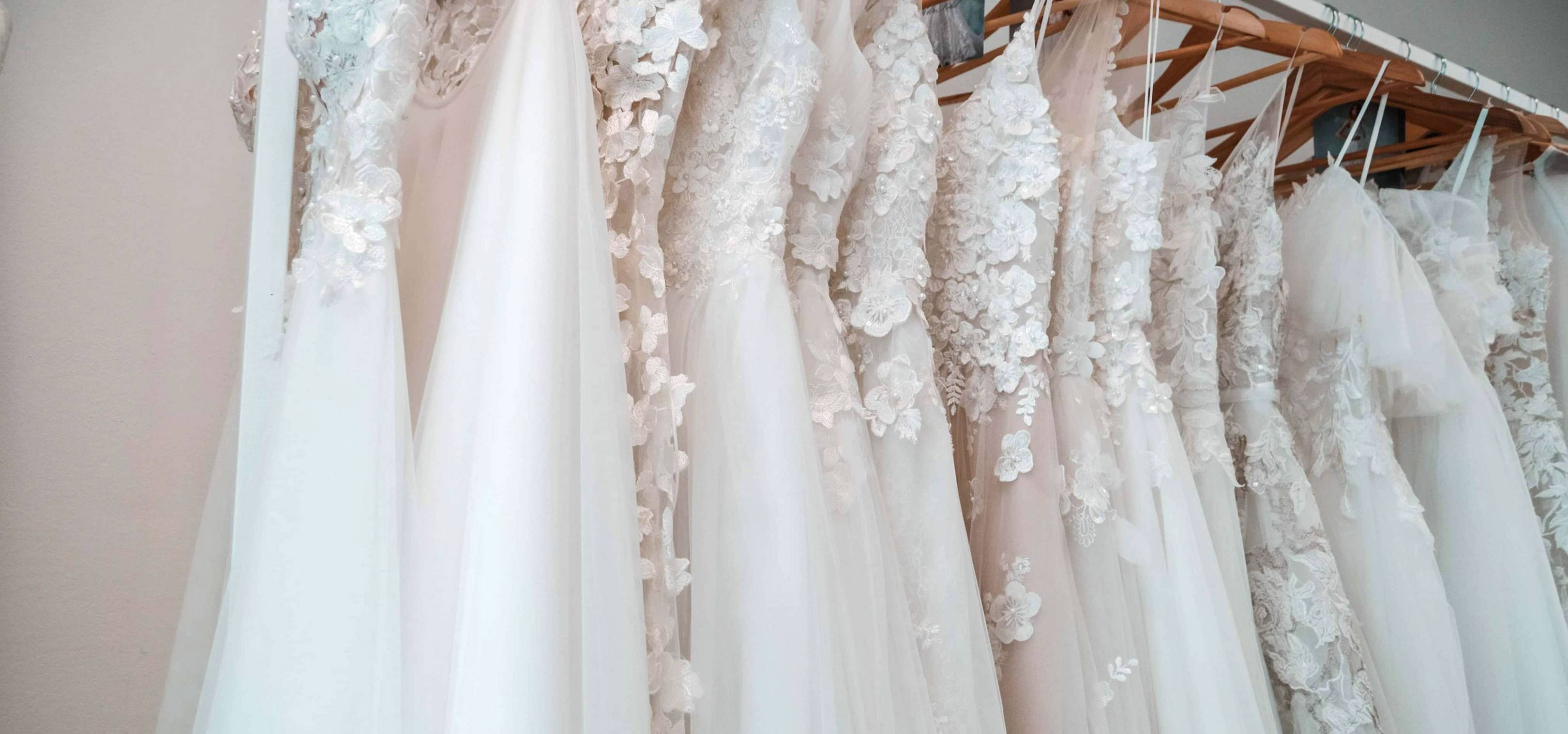 A really practical guide to wedding dress shopping from the pros