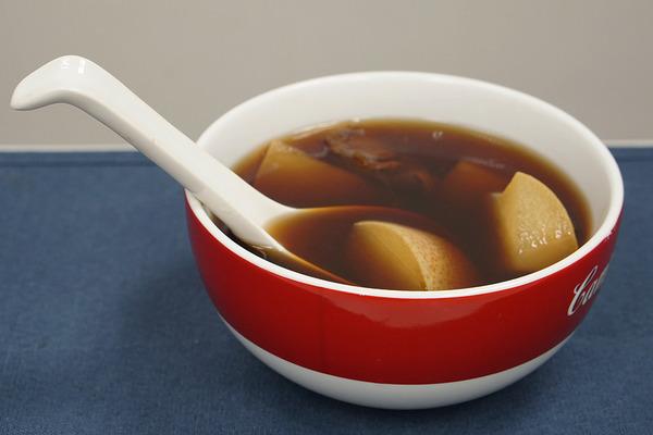 精选6款止咳化痰润肺汤水茶疗 有效击退感冒咳嗽症状