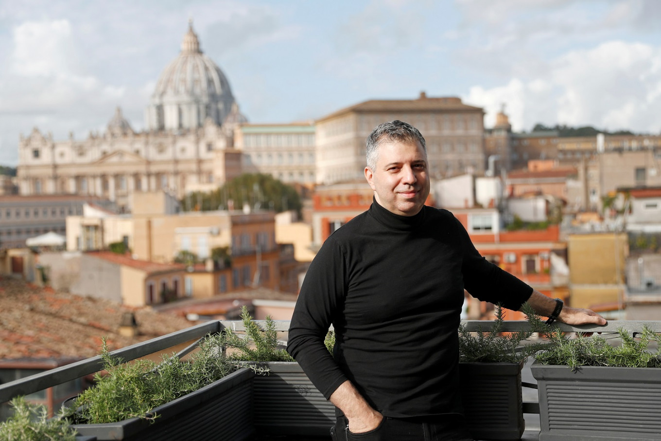 Jewish director sends message of hope in Pope Francis film