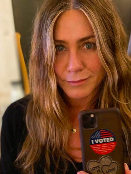 Jennifer Aniston asks fans not to vote for Kanye West