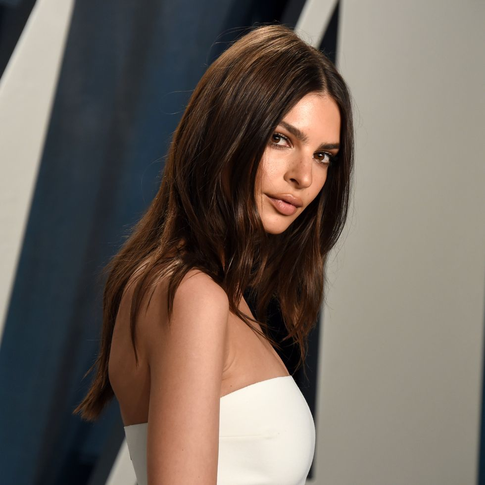 Model Emily Ratajkowski Announces She's Expecting First Child With Husband Sebastian Bear-McClard