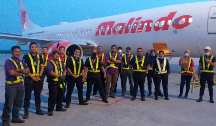 2,200 Malindo Staff Sign Off With Heartbreaking Farewells Over Airline Retrenchment