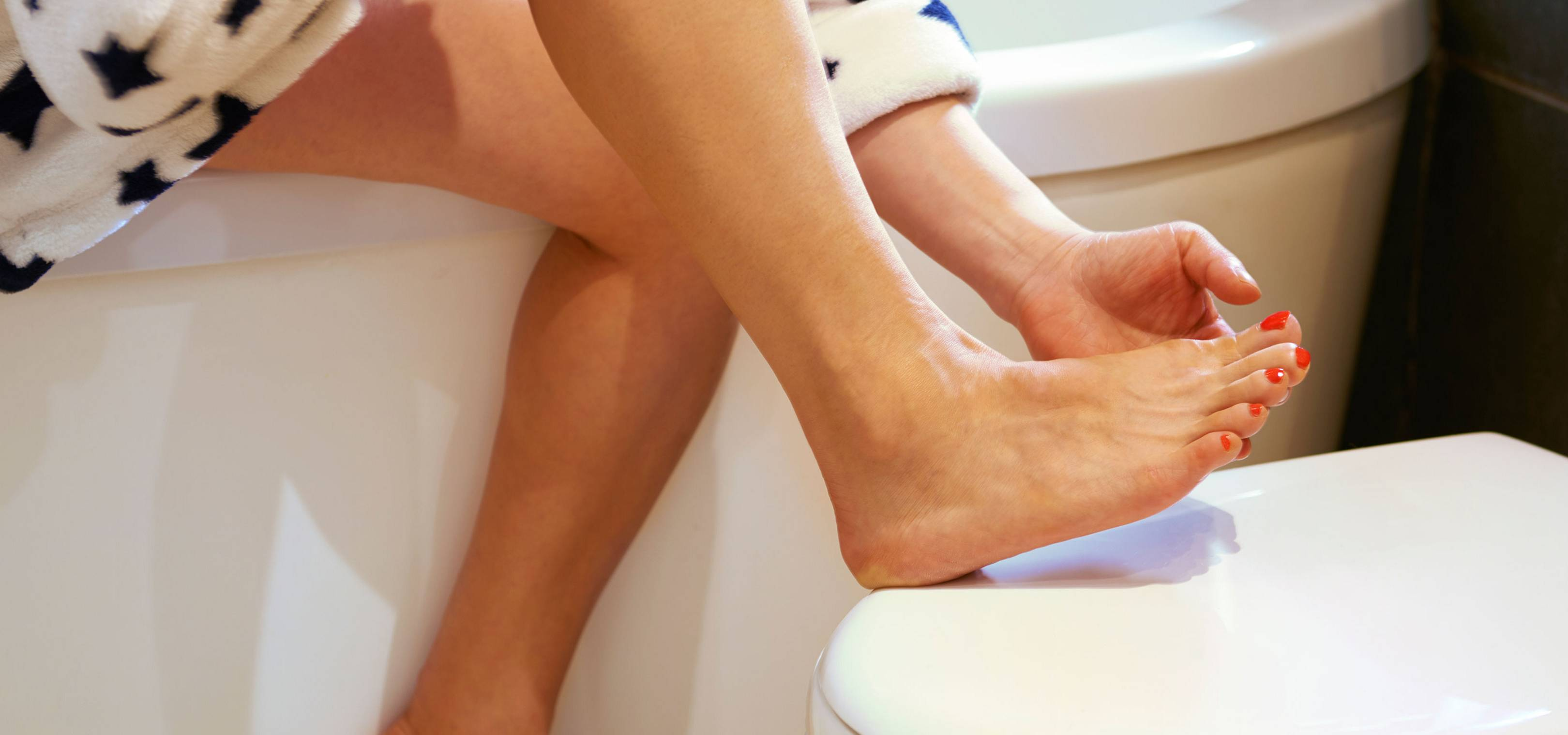 From COVID toes to persistent hiccups, these are the strange symptoms of Coronavirus that not many of us know about