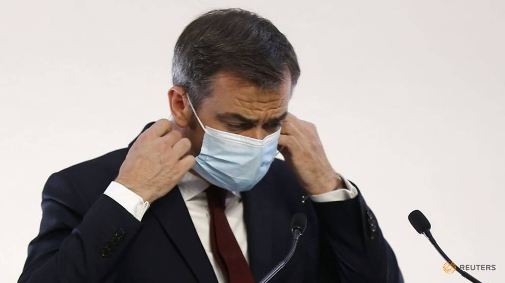 One Parisian infected with COVID-19 every 30 seconds: Health minister