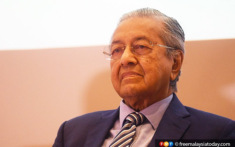 Dr M worried about 'bleak' situation in Langkawi