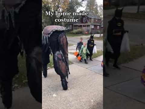 Guy Walks Around Neighborhood in His DIY Four-Legged Stilt Monster Costume Spooking Trick N Treaters