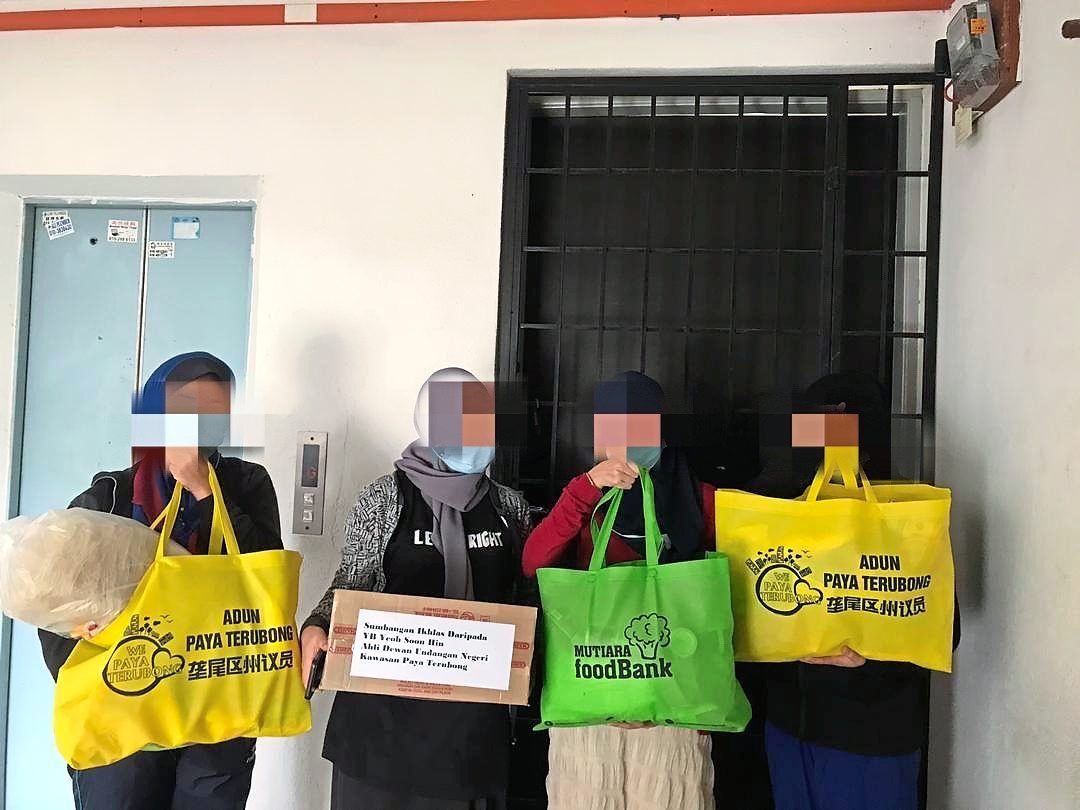Food aid for factory workers under home quarantine