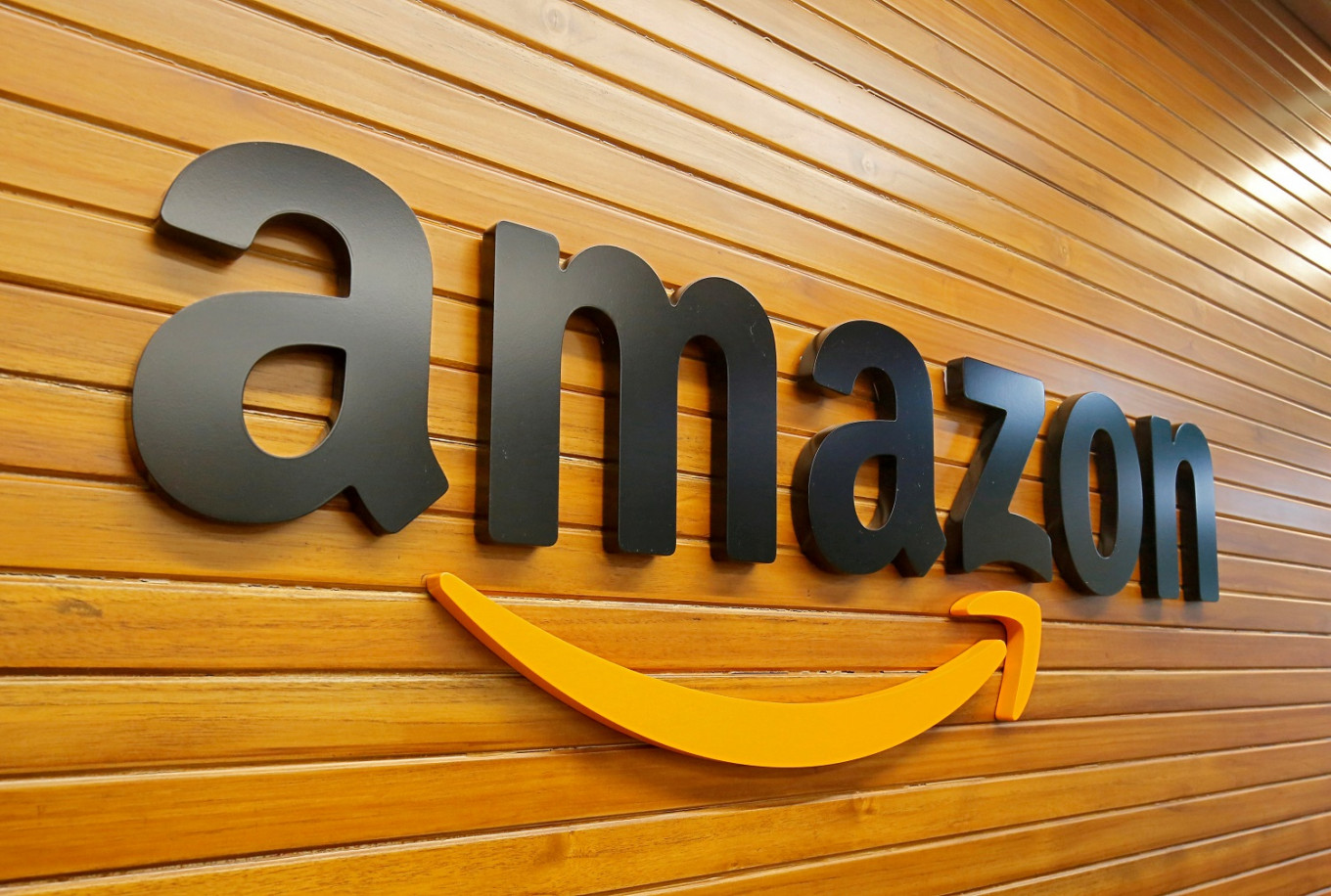 After books and streaming, Amazon launches online pharmacy