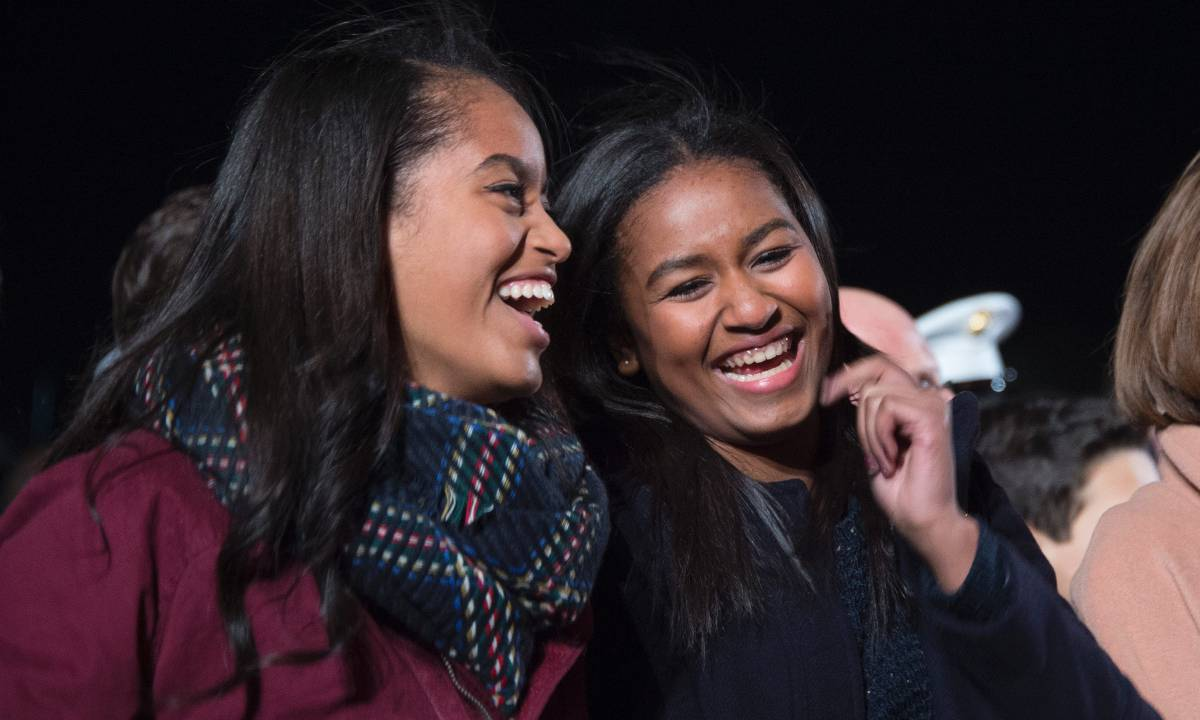 Michelle Obama's daughters pictured inside White House in epic throwback photo with Jenna Bush Hager