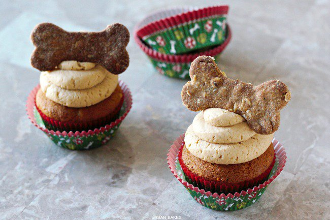 3 easy DIY peanut butter treats for your pup