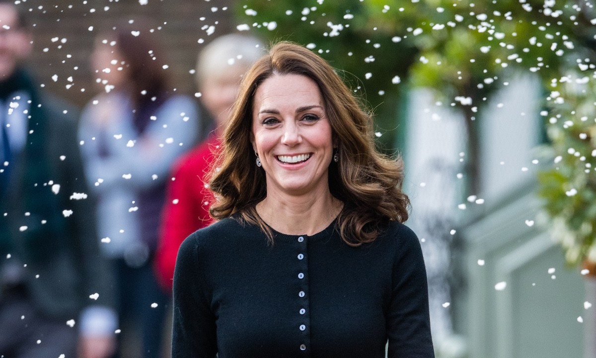 Kate Middleton just wore Christmas earrings and we love her for it