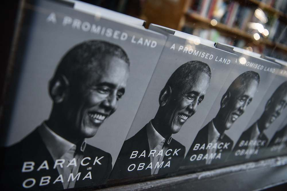 Obama in book wrestles with 'messy' Arab Spring choices