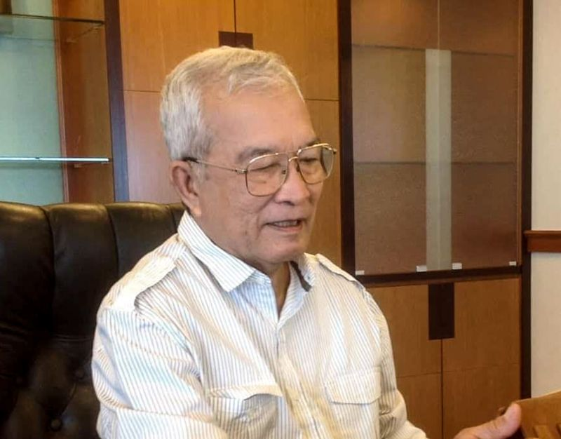 Ex-minister Mokhtar Hashim dies