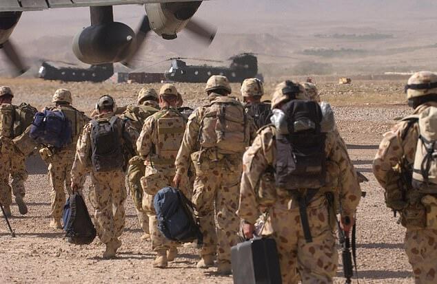 被指控虐杀阿富汗战俘和平民后,澳军又被曝出3周内有9名士兵自杀