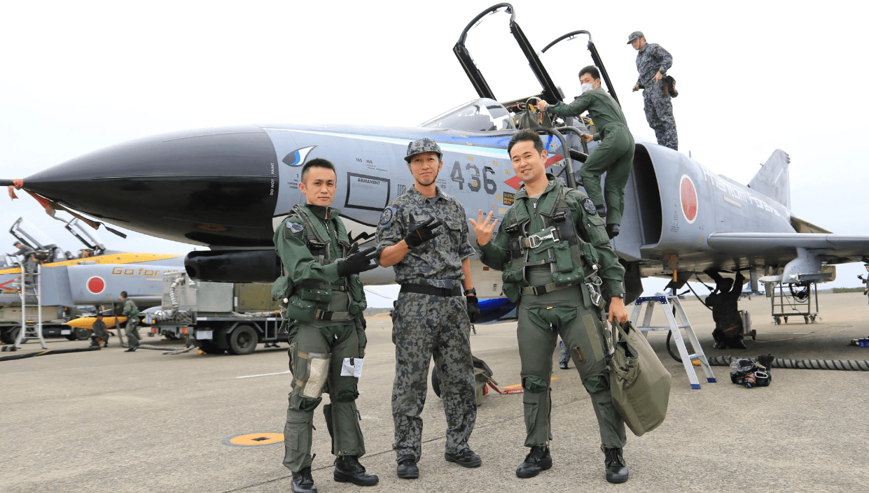 Japan says farewell to its 'Phantastic Phantom' fighters