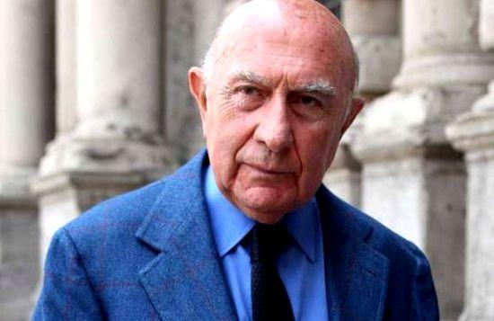 意大利米兰时装周创始人摩德尼斯辞世 享年90岁