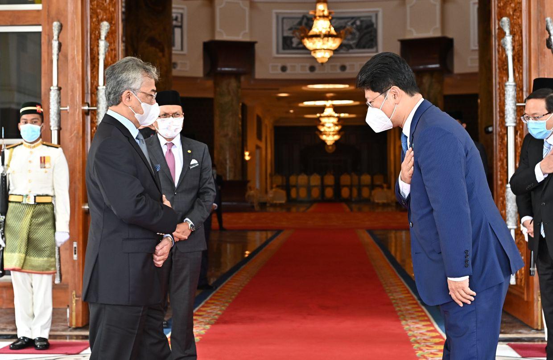 King bids goodbye, expresses thanks to Chinese Ambassador Bai Tian