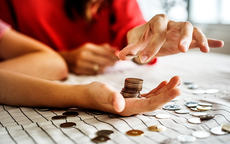 5 ways to teach your kids the value of money