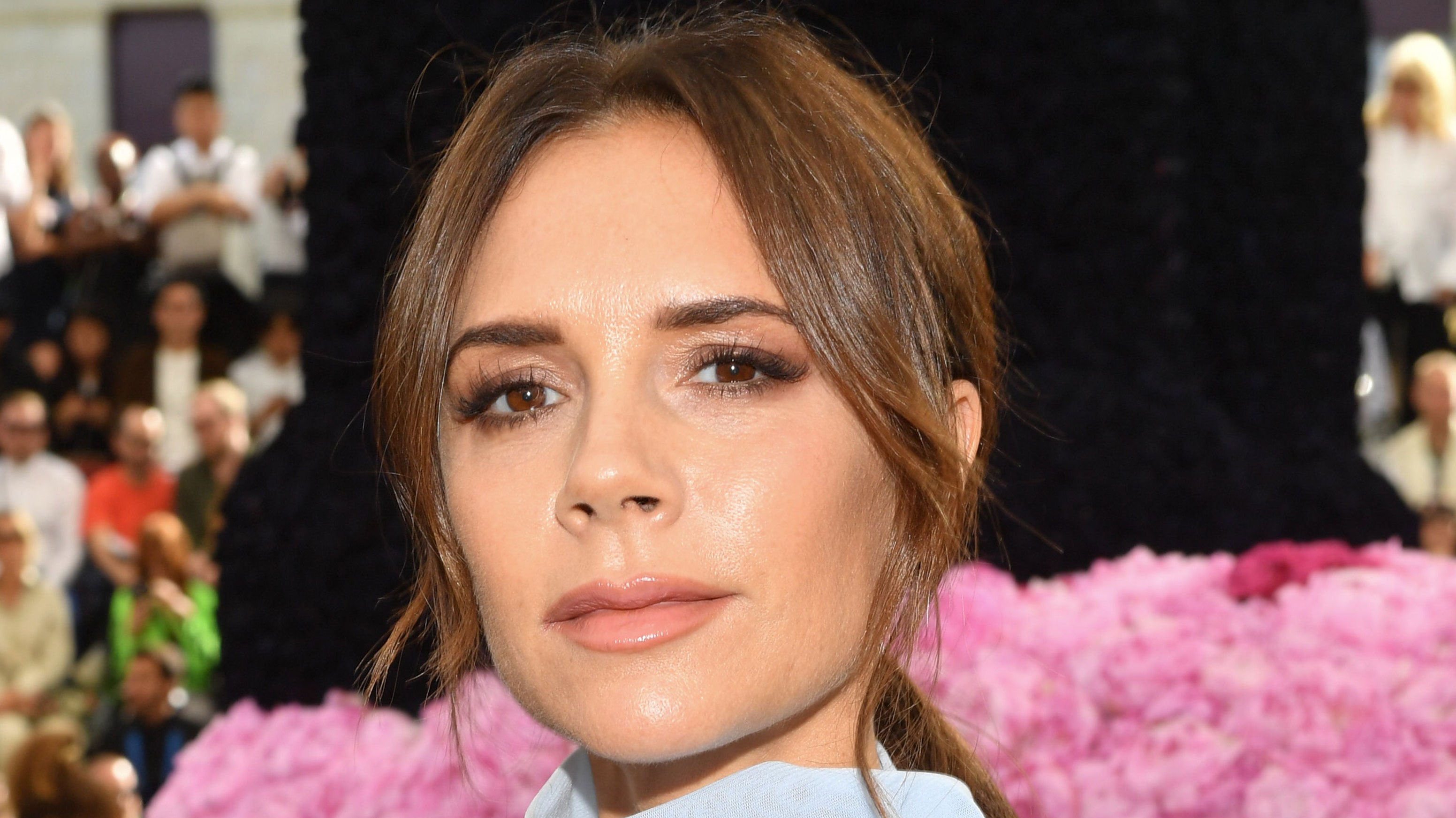 Victoria Beckham's Festive Red Lip Look Is Putting Us in the Holiday Spirit