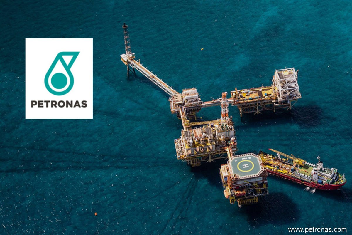 Blast-rocked Petronas' South African oil refinery shut down for investigations