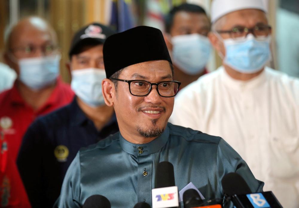Perak Sultan accepts Ahmad Faizal's resignation as MB