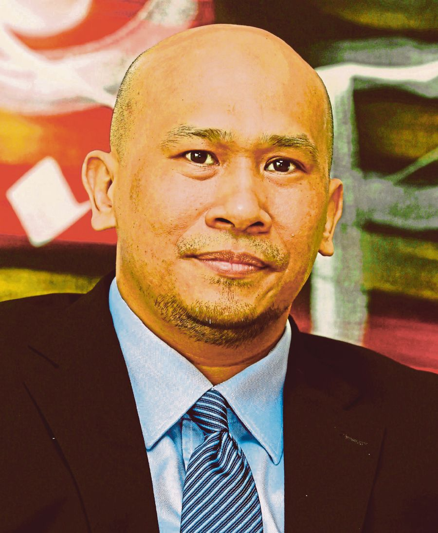 Economists: RMCO shift lifts business, consumer confidence