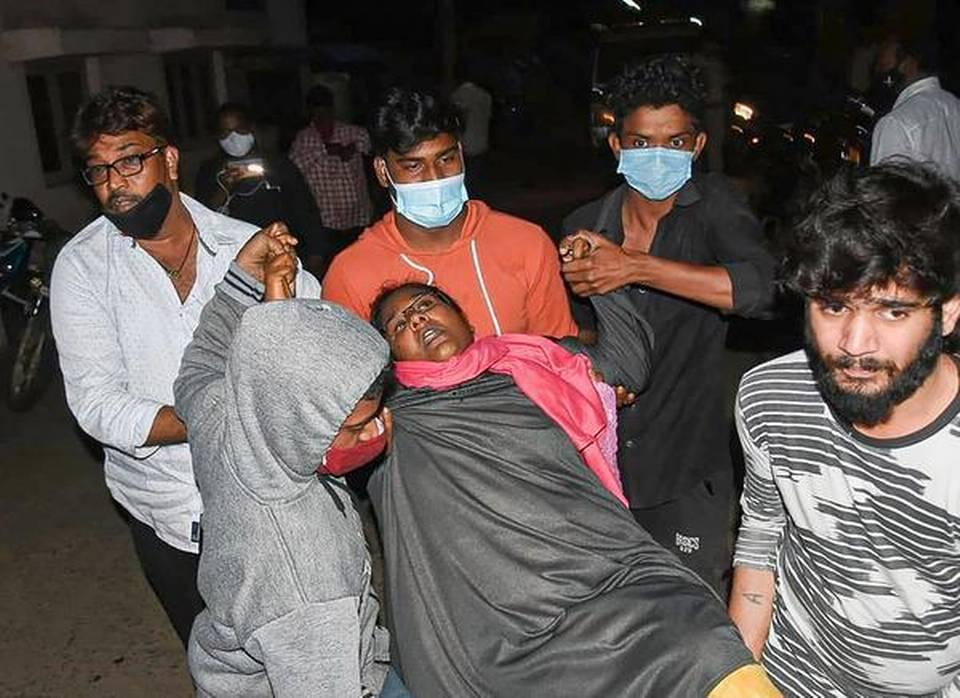 印度暴发不明原因疾病:292人感染1人死亡 症状类似癫痫