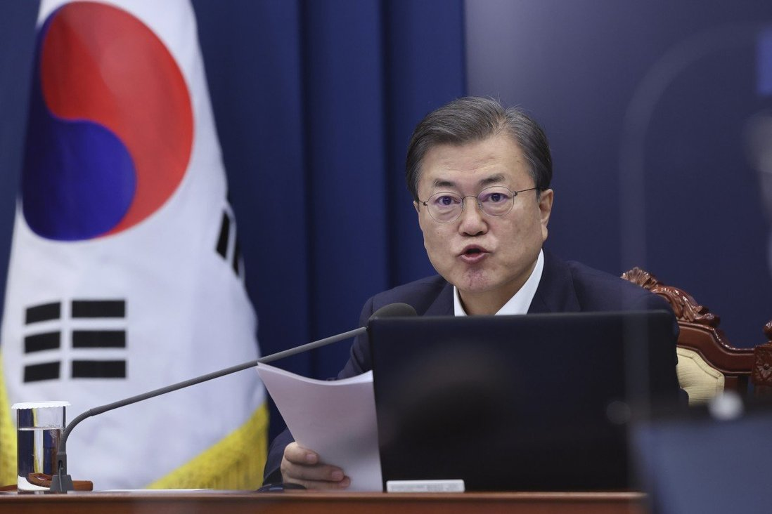 Seoul a 'Covid-19 war zone' as cases continue to soar in South Korea